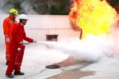 pelatihan-k3-holmes-5938Basic Fire Fighting.jpg